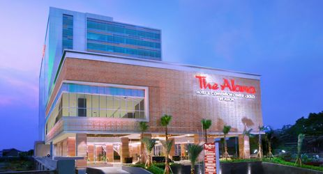 Conveniently located on Solo's busiest street, The Alana Hotel & Convention Center - Solo is an ideal location for attending or hosting all types of events.