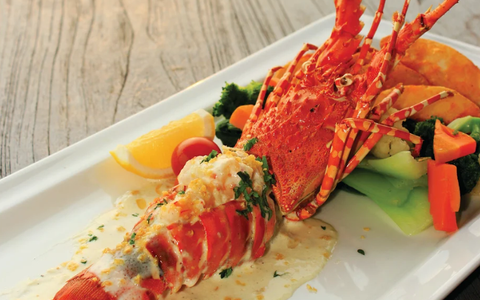 Lobster with Garlic Butter Sauce