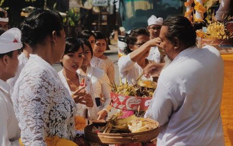 Piodalan, a Balinese way to show gratitude to God at Aston Canggu Beach Resort