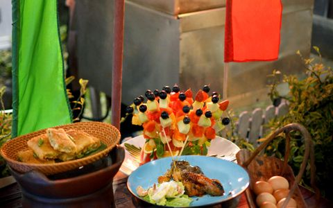 Hang Out to Enjoy the Street Food & BBQ Menu at Jempiring Restaurant