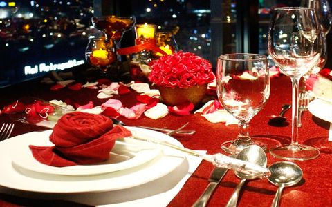 VALENTINE'S ROMANTIC DINNER