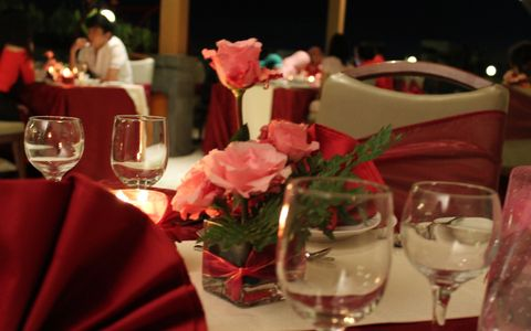 Romantic Dinner Aston Solo Hotel