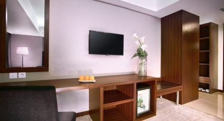 Ample wardrobe space feature in all of Aston Madiun Hotel rooms