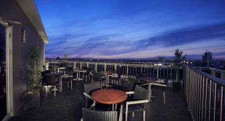 A beautiful rooftop with ocean and city view located is the perfect venue to enjoy your afternoon in makassar
