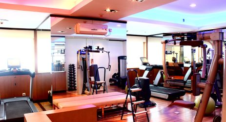Fully furnished meeting room to maintain your body fitness while staying in the commercial center of North Jakarta