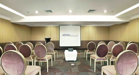 A small sized meeting room for private gathering in the best hotel with exclusive mountain view in Sentul area