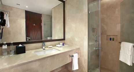 A simple bathroom with elegant design available when staying in the best hotel in the center of business district in South Jakarta