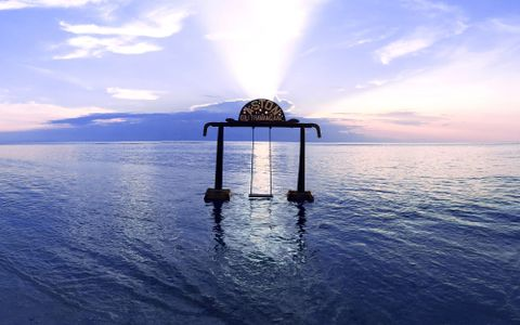 Relaxing Getaway di Aston Sunset Beach Resort Gili Trawangan