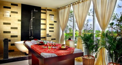 The word SPA conjures up images of relaxation - Devata SPA offers an exclusive 120 mins SWEETS COUPLE. *Incl: Foot bath, Relaxing massage, Body scrub, Body wrap and Milk bath.