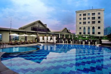 Grand aston city hall medan facilities services for Aston swimming pool opening times