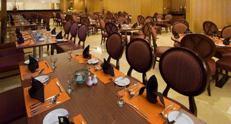 Enjoy breakfast lunch dinner at simple elegant restaurant in denpasar bali with halal certificate