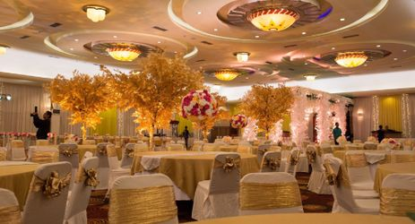 The magnificent Kalimantan Ballroom that can host up to 540 people in a banquet setup