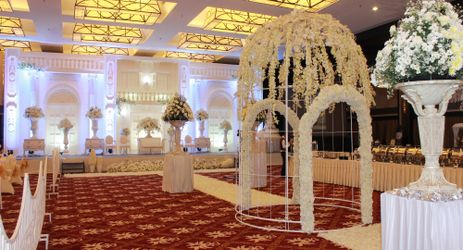 Aston Imperium Purwokerto can make your dream came true. Like about your special day Wedding with your special person.