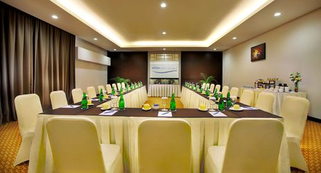 A medium meeting room function room to host business meeting, workshop, training or wedding, birthday party or any reception in a budget hotel in Purwokerto.