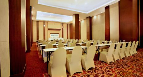A large indoor function room to host business meeting, workshop, training, wedding, birthday party or any reception in Samarinda