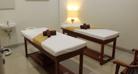 Whether you feel tired due to all-day meeting or long-day exploring the Purwokerto, Sekar Mas Spa is ready to indulge you with various pampering treatment.