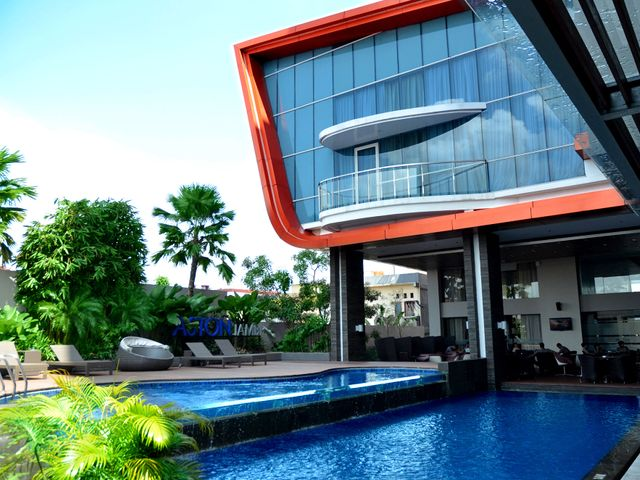 Aston jambi hotel conference center facilities services for Aston swimming pool opening times