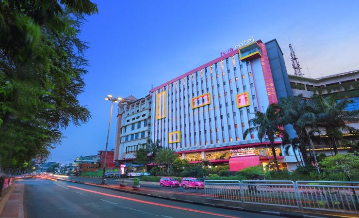 A unique, photogenic of budget hotel to stay in East Jakarta