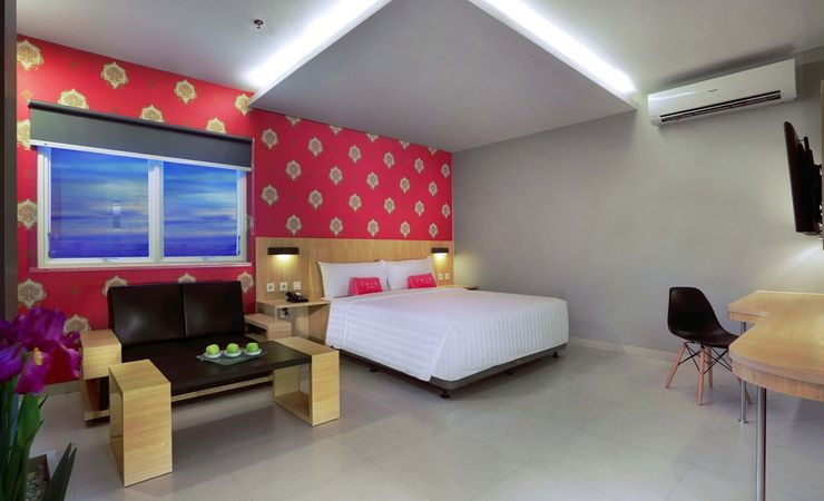 A Modern Stylish Room,clean,fresh and cheerful colour decoration while holiday or business in Banjarmasin
