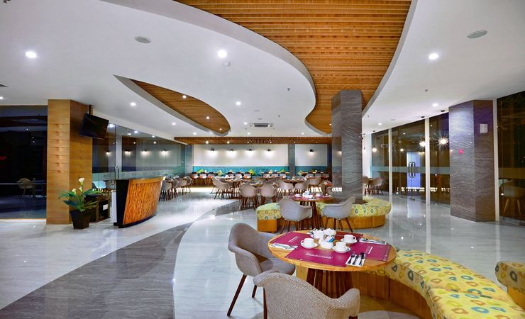Main restaurant and coffeeshop of the hotel to enjoy exceptional breakfast , lunch or dinner and hangout play in Banjarbaru
