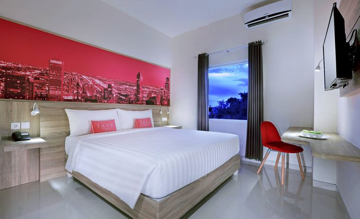 A clean and modern room with the size of 29 sqm to stay while holiday in Banjarbaru