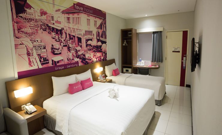 Spacious eco-friendly room for you and your family with full amenities in the heartbeat of Bandung