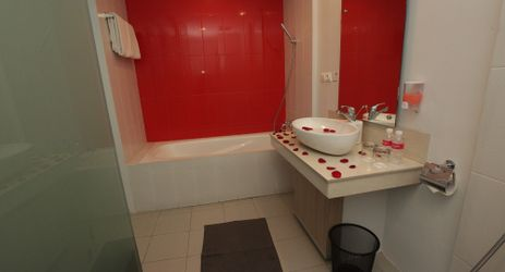 A clean bathroom combined with passion of love.