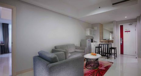 A room with living room that was clean and comfortable also complete with small kitchen of budget in Makassar