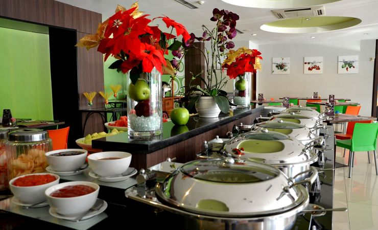Lime Coffee Shop serves interesting array of local and imported delicacies for breakfast, lunch and dinner