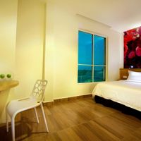Uplifting, contemporary designed rooms that reflect fun, fresh and friendly ambience