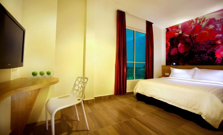 Stay and enjoy your modern concept room available with free wifi connection