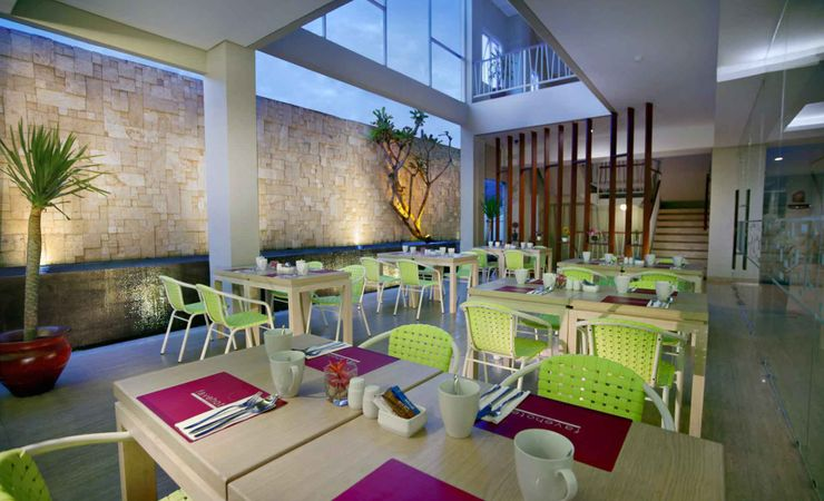 Enjoy breakfast, Lunch, Dinner and coffee at Lime Cafe and Restaurant in Langko Mataram - Lombok