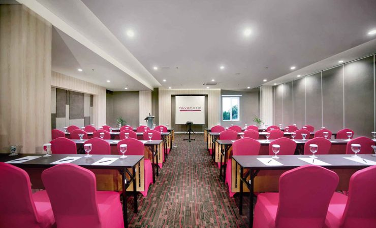A large indoor function room to host business meeting for 200 people, workshop, birthday party or any reception in a budget hotel in the city - Located in 02 floor.