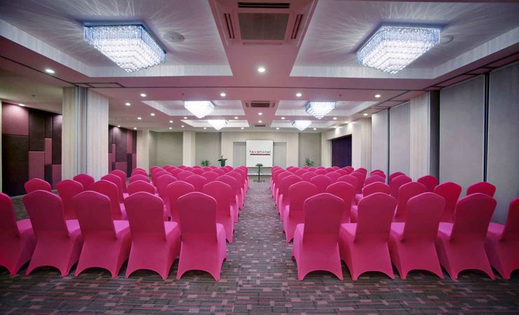 A large indoor function room to host business meeting for 180 people, workshop, birthday party or any reception in a budget hotel in the city - Located 03 Floor.