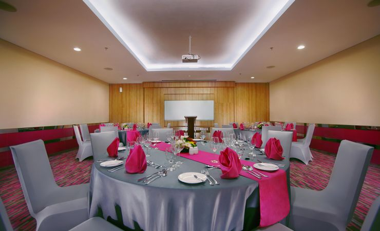 is ideal for Medium meeting, Seminar and small gathering .