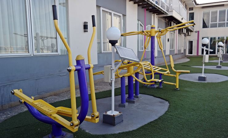 A good outdoor gym and relaxing city view in favehotel ltc glodok jakarta
