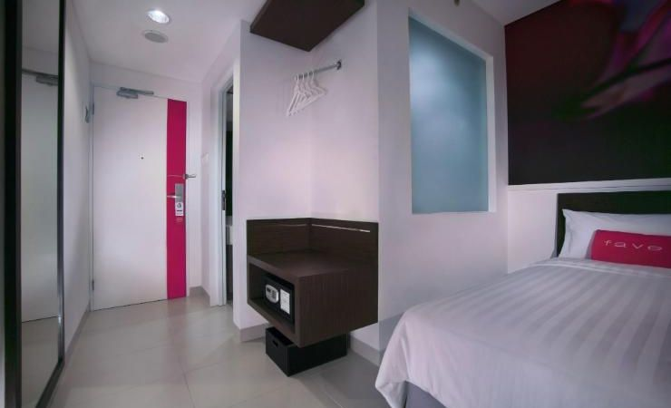 A 24 sqm room with unique design, Feel our FUN FRESH and FRIENDLY motto inside our rooms. Suitable for business trip or family holiday.