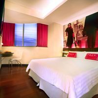 A clean and comfort with 22m2 space of a budget hotel service with a full standard services