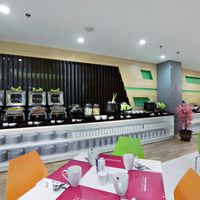 Cozy restaurant serving variety of local and international cuisines