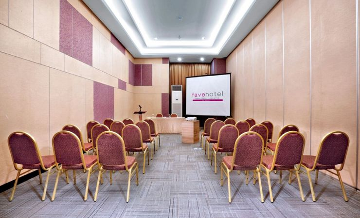 Our medium meeting room is available to book for 30 - 50 pax in hotel at Central Jakarta.
