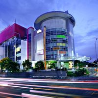 favehotel Pluit Junction occupies a privileged spot in the very heart of North Jakarta