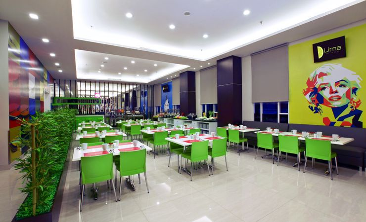 lime coffee shop provides a wide variety of foods, such as lunch and dinner. As for the package provided in Lime coffee shop which would save the cost of guest, and certainly with a delicious taste.