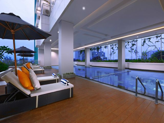 Harper m t haryono jakarta facilities services for Swimming pool service software
