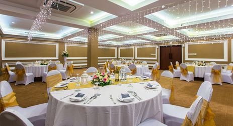 The Sky Room can accommodate a wedding reception up to 80 guests in Kuta Bali