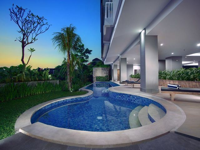 Hotel neo denpasar facilities and services for Swimming pool service software